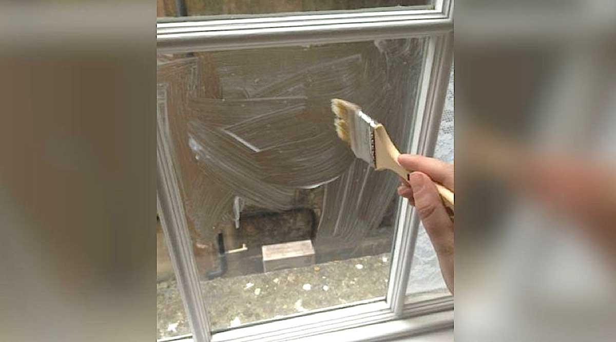 Un piccolo trucco per decorare i vetri delle finestre e i balconi di casa vostra - Decorare i vetri delle finestre ...